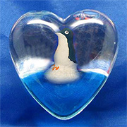 Magnet Heart Penguin