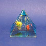 Paperweight Penstand Pyramid Fish